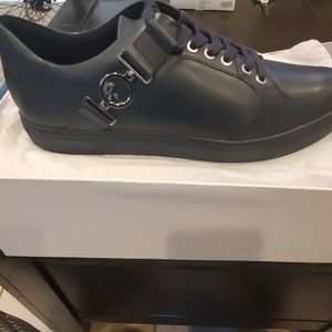 Versace lace up sneaker